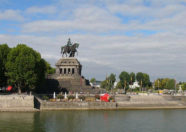 Das Kaiser-Wilhelm-Denkmal am Deutschen Eck, Koblenz